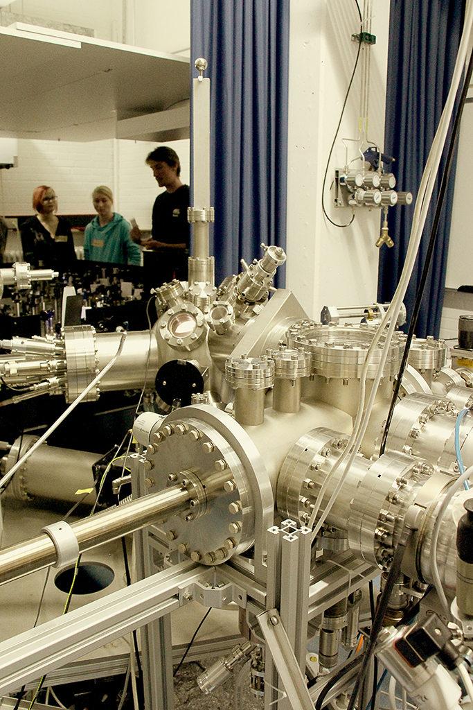 Ask a student - Physik im Labor 3/6 (Foto: Kiro Mohrfeld)
