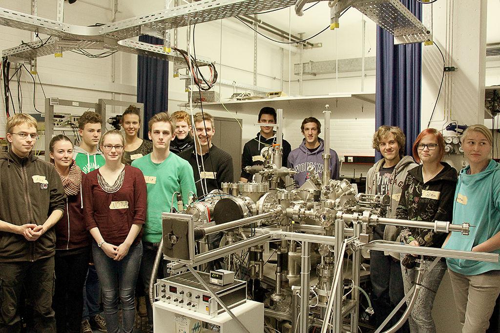 Ask a student - Physik im Labor 6/6 (Foto: Kiro Mohrfeld)