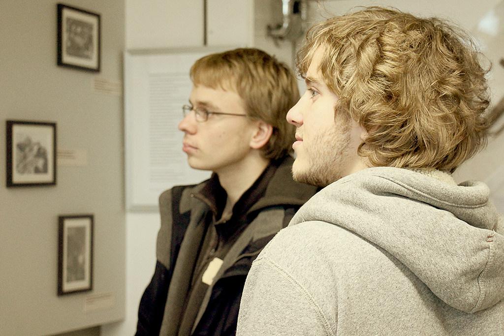 Ask a student - Physik Campus Rundgang 1/1 (Foto: Kiro Mohrfeld)